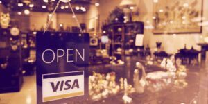 Read more about the article Visa Outlines Five Ways It's Pushing into Crypto