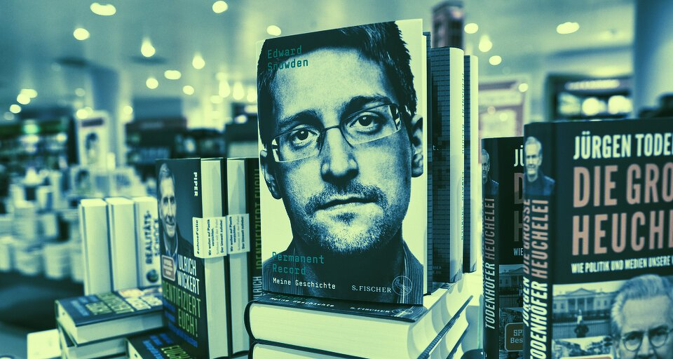 You are currently viewing Bitcoin Privacy Feud Erupts After Edward Snowden Pans Long-Awaited Taproot Upgrade