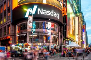 """Read more about the article Bitcoin, Nasdaq: """"virtually zero chance that crypto will displace the US dollar"""""""