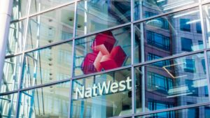 Read more about the article After Barclays and Santander, UK Bank Natwest Blocks Payments to Binance