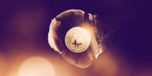 Read more about the article Billionaire Investor John Paulson Says Cryptocurrencies Will 'Eventually Prove to Be Worthless'