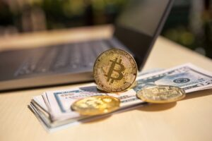 Read more about the article Bitcoin at $45,000, predictions and indicators