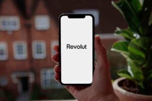 Read more about the article Revolut, projects to reduce environmental impact