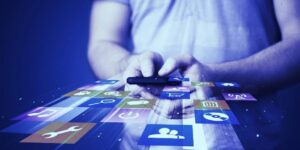 Read more about the article 5 Apps Leading The Way To The Web 3 Economy
